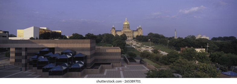 Panoramic view of Iowa State Capitol in Des Moines Iowa at dusk