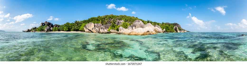 Panoramic view of an island in the Seychelles