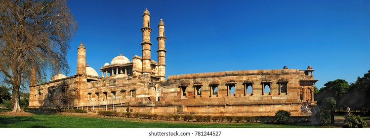 Panoramic view of Jami Masjid (mosque) at Champaner, Pavagadh Archeological Park in the state of Gujarat, India. A UNESCO World Heritage Site built in 16th century A.D. by Sultan Mahmud Begada.