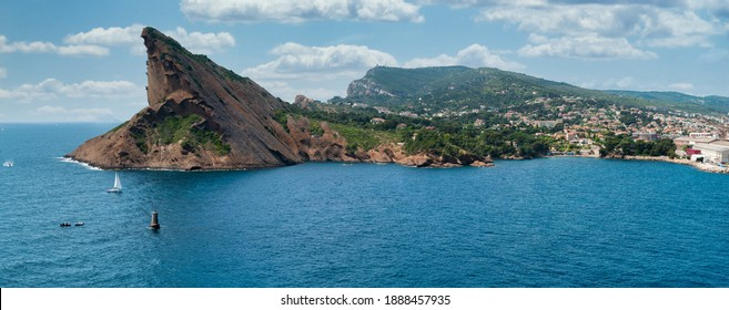 """Panoramic View of La Ciotat and the """"Beak of the Eagle"""""""