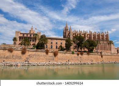 Panoramic view of La Seu, the gothic medieval cathedral of Palma de Mallorca, Spain.