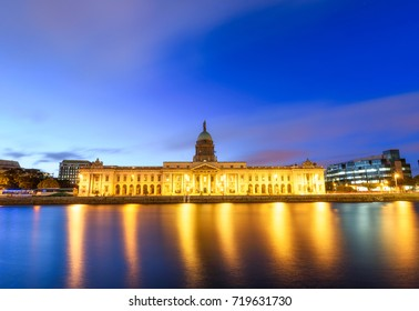 Panoramic  view of the lighted Custom House at the capital city of Dublin in Ireland.