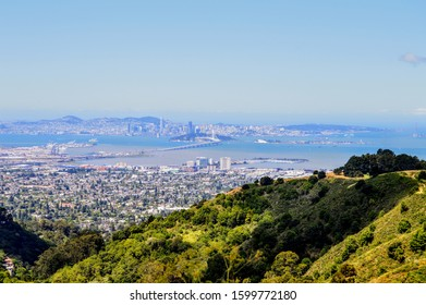 Panoramic view looking out over San Francisco, Oakland and Berkeley from Grizzly Peak