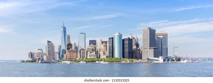 Panoramic view of Lower Manhattan, New York City, USA.