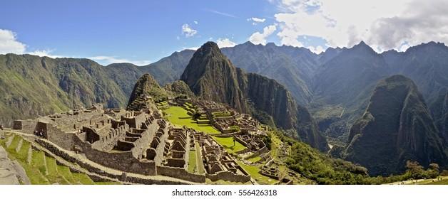 Panoramic view of the Machu Picchu archaeological site. Cusco, Peru.