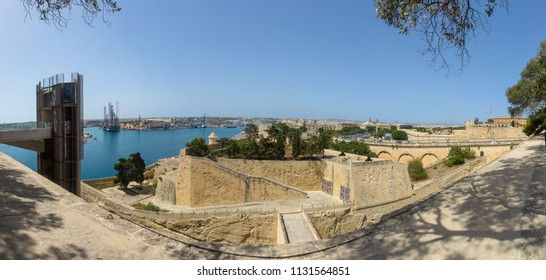Panoramic view of Malta, view from Upper Barrakka Gardens in Valletta
