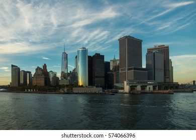 a4f22b10840c7c Panoramic view of the Manhattan Island on a misty sunset from the Staten  Island Ferry