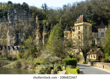 Panoramic view at the Manoir de la Malartrie. Located in Black Perigord on banks of the Dordogne river, in one of the most beautiful village, in France, La Roque-Gageac.