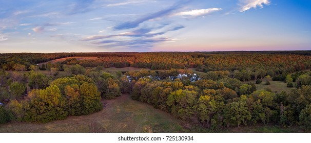 Panoramic view of Missouri fall forest close to sunset
