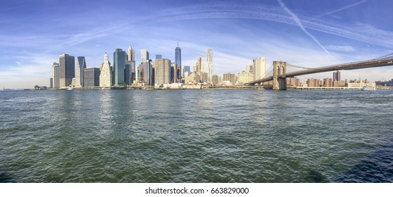 Panoramic view of New York City from Brooklyn Bridge Park.