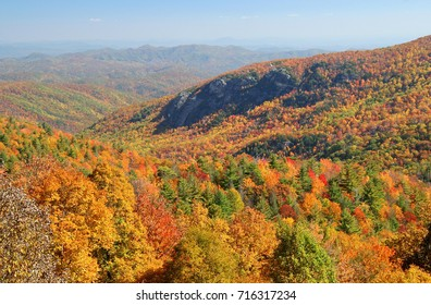 Panoramic view of North Carolina mountains in autumn.