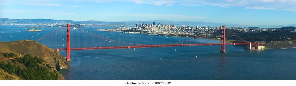 Panoramic view on Golden Gate bridge and San-Franciso bay, California.