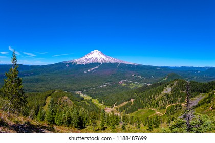 Panoramic view on Mt Hood, Oregon 0n a sunny day