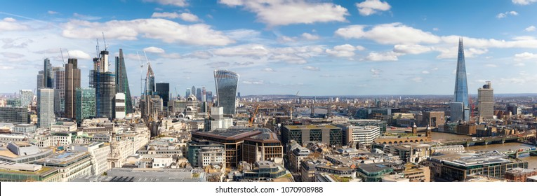 Panoramic view over the new skyline of London during a sunny day, United Kingdom