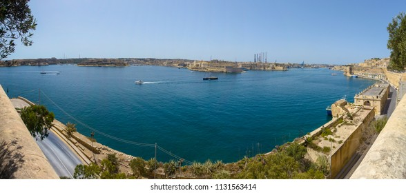 Panoramic view over Three City of Malta, view from Lower Barrakka Gardens in Valletta