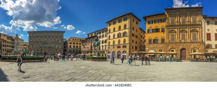 Panoramic view of Piazza della Signoria at old town of Florence, Italy . It is a walking street zone fills with numerous tourists and old vintage buildings. May 13  2016