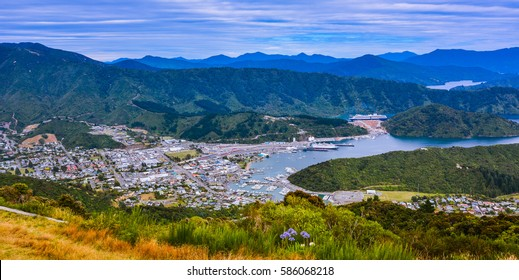 Panoramic view of Picton, New Zealand