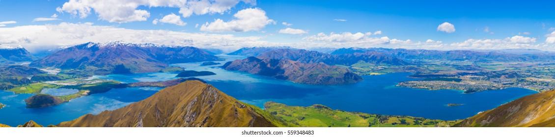 Panoramic view from Roy's Peak, Wanaka, South Island, New Zealand
