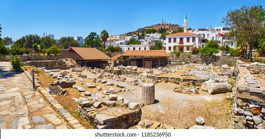 Panoramic view of the ruins of the Mausoleum of Halicarnassus, one of the Seven Wonders of the World. Bodrum, Mugla Province, Turkey.