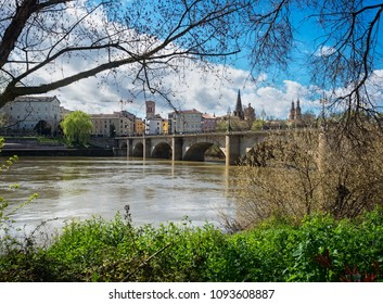 Panoramic view of the Stone Bridge or San Juan de Ortega, in Logroño, La Rioja, Spain