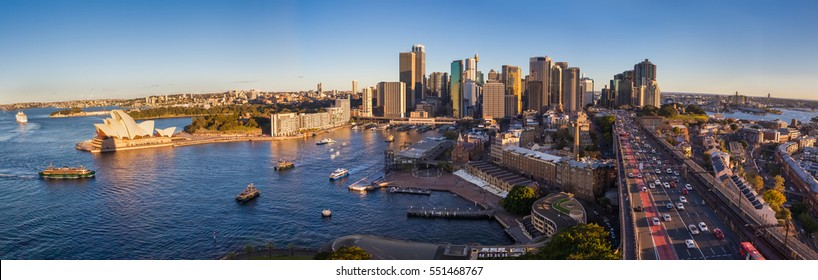 Panoramic view of Sydney with the business district