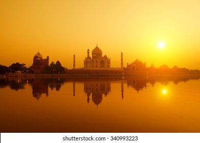 Panoramic view of Taj Mahal at sunset with reflection, Agra, Uttar Pradesh, India.