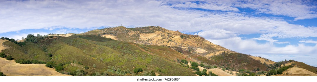 Panoramic view towards Mt Diablo summit on a clear autumn day, Mt Diablo State Park, Contra Costa county, San Francisco bay area, California