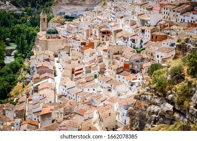 panoramic view of the town Alcalá del Jucar