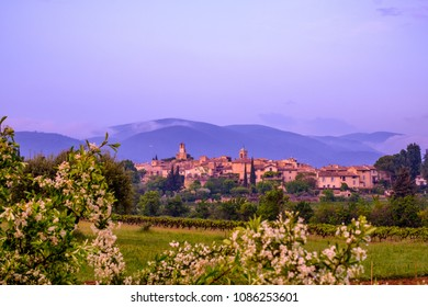 Panoramic view of the village of Lourmarin in spring, Provence, Luberon, France. Sunset.
