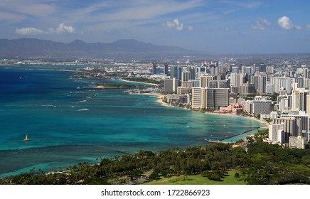 Panoramic view of Waikiki from Diamond Head (Honolulu, Hawaii)