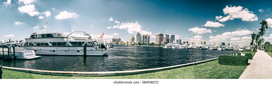 Panoramic view of West Palm Beach - Florida.