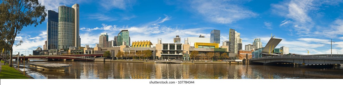 Panoramic view of the Yerra river, Southbank and south wharf from Batman park in Melbourne