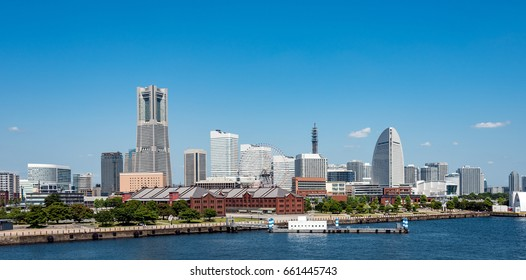 Panoramic view of Yokohama Minato Mirai 21 buildings from Osanbashi pier
