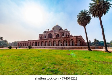 Panoramic views of the first garden-tomb on the Indian subcontinent. The Humayun's Tomb is an excellent example of Persian architecture. Located in the Nizamuddin East area of Delhi, India, Asia.