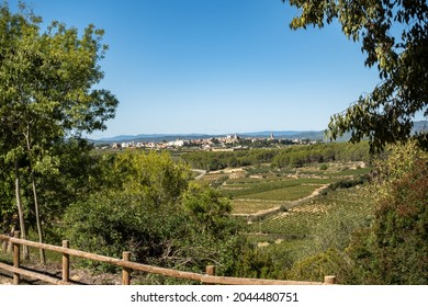 Pueblo de Pantano de Foix y Castellet en Barcelona, Cataluña, España