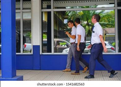 Missionarsstellung: Bilder, Stockfotos und Vektorgrafiken