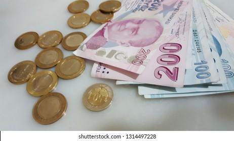 paper and metal Turkish lira