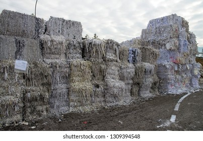 Paper mill plant - Paper and cardboard for recycling
