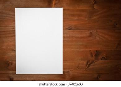 ,paper white,
