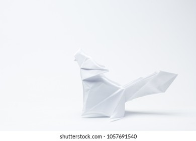 paper wolf with white background