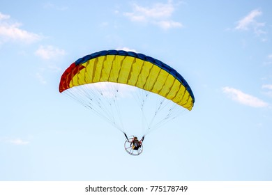 Para glider on the sky. for radio remote control.