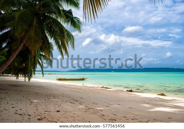 Paradisaical beach in Havelock Island, India