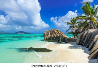 Paradise beach of Seychelles - La Digue - Anse Source d'Argent