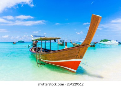 Paradise Island with a Long tail boat, Koh Lipe, Andaman sea, Thailand