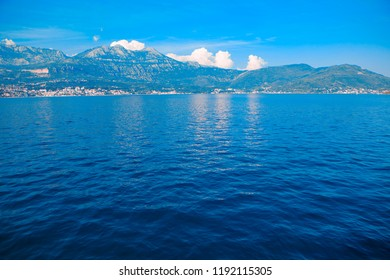 paradise landscape with blue water and mountains