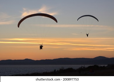 Paragliders, Victoria, BC, Canada