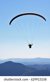 Paragliding in Cambuquira, Minas Gerais, Brazil