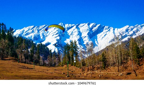 Paragliding in Solang valley near Manali in HImachal Pradesh India