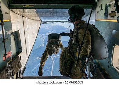 Pararescue prep for jump mission