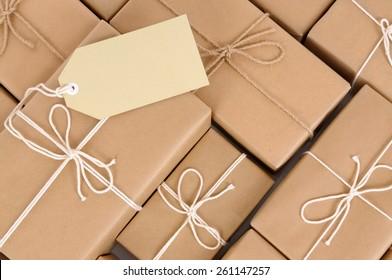 Parcel heap, pile, label